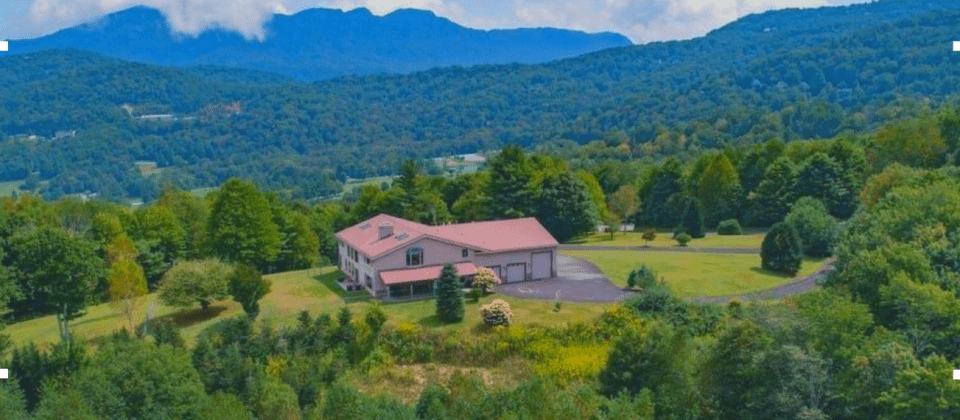 Sweetheart View Vacation Home Auction