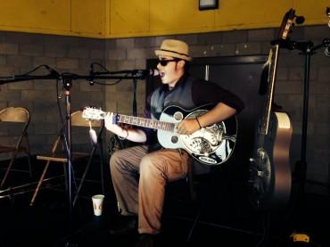 Lakota John Locklear at Warehouse Blues 2014